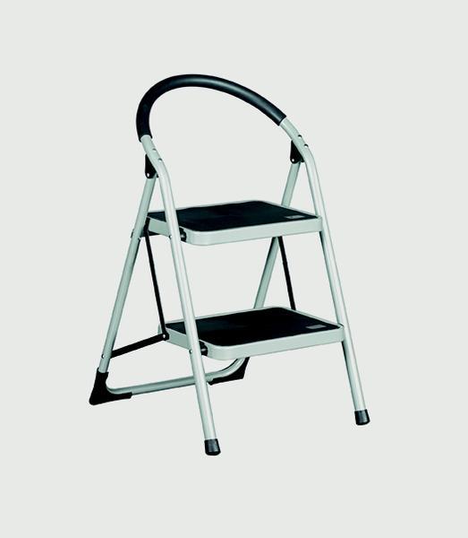 Warrior 2 Tread Step Ladders