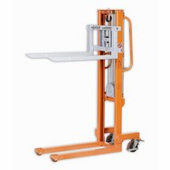 Warrior 500kg Manual Winch Stacker
